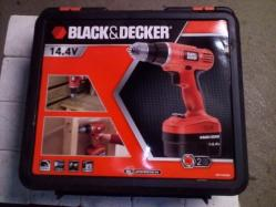 Perceuse visseuse BLACK et DECKER 2 batteries-image1
